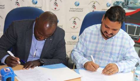 University Offers Ten Scholarships To Cricket Association